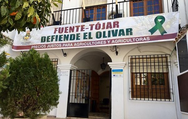 El Ayuntamiento de Fuente-Tójar muestra su apoyo al sector agrícola