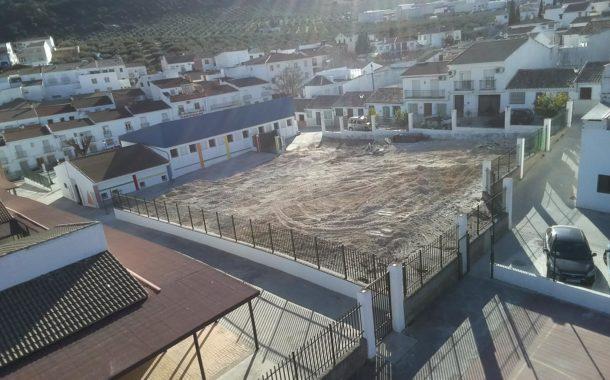 Inicio de las obras del nuevo edificio de la Guardería y Escuela Municipal de Adultos