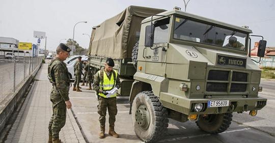 El Ejército se despliega este jueves en distintos puntos de Lucena