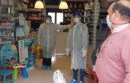Las actividades esenciales siguen a pleno rendimiento en Almedinilla, junto a la distribución de mascarillas, guantes, batas y pantallas de protección 3D