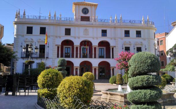 Tres positivos por Covid-19 entre los trabajadores municipales de Priego más expuestos al virus