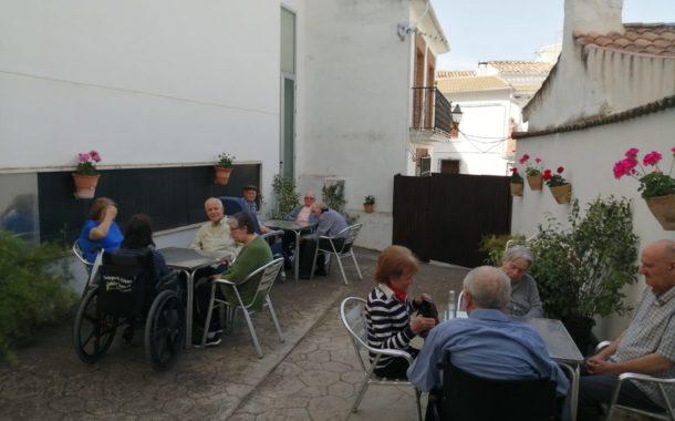 La Residencia de Mayores de Almedinilla se prepara para la salidad del confinamiento