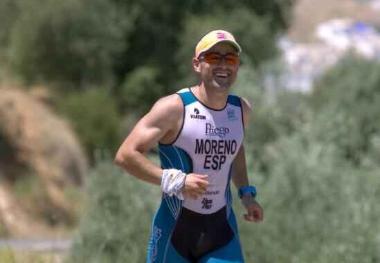 El exjugador del Almedinilla Atlético, Jorge Moreno, correrá un ironman solidario de 226 kilómetros por la Subbética
