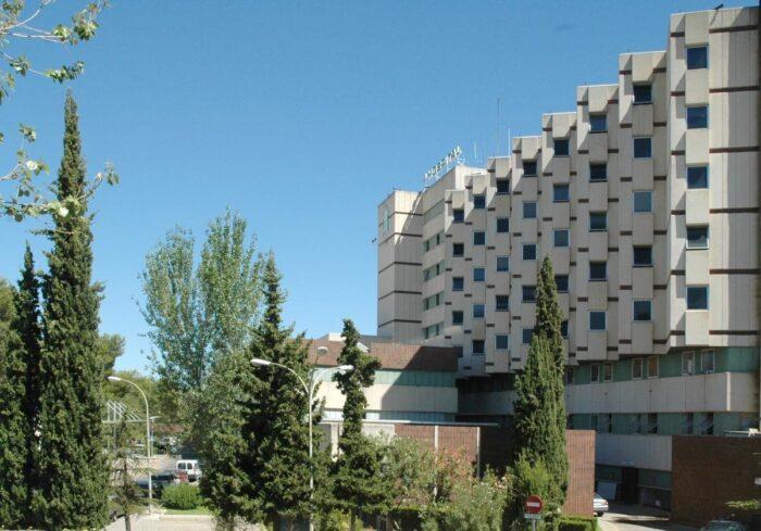 El hospital de Cabra cerrará más de 60 camas este verano