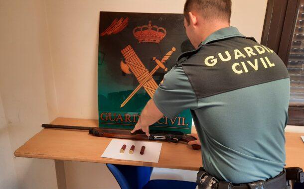 La Guardia Civil y la Policía Local detienen en Baena a un vecino de la localidad como supuesto autor de un delito de tenencia ilícita de armas