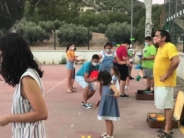 Taller de circo y cine para toda la familia en FuenteGrande