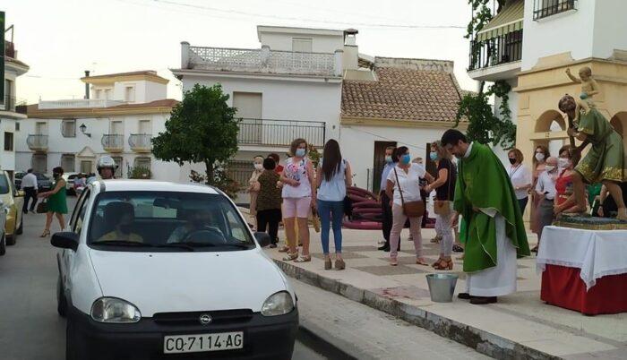 La fiesta de San Cristóbal se reduce a una misa y bendición de los coches