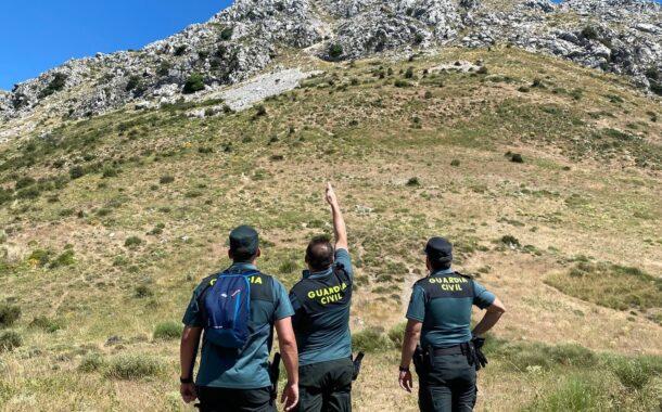 La Guardia Civil de rescata a dos senderistas en el pico de La Tiñosa