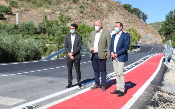 Recorrido de once años para la carretera CO-8202 de Los Ríos-Sileras