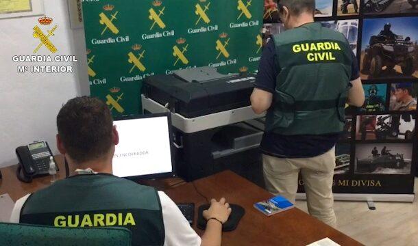 La Guardia Civil desmantela un entramado delictivo dedicado a la falsificación de diplomas de cursos de formación