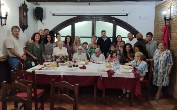 La familia Ariza Povedano celebran un reencuentro familiar de tres generaciones