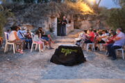"""El taller de  """"Mosaicos Romanos"""", la visitas a una tumba-hipogeo romana y la performance"""