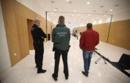 Piden cárcel para el director de un banco en Almedinilla por apropiarse de 600.000 euros de clientes