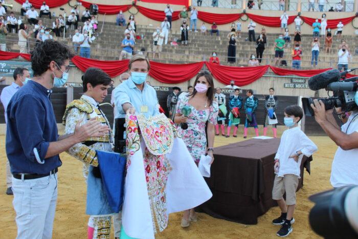 Lluvia de orejas en la Gran Final del XXVI del Ciclo Andaluz de Escuelas Taurinas celebrada en Almedinilla