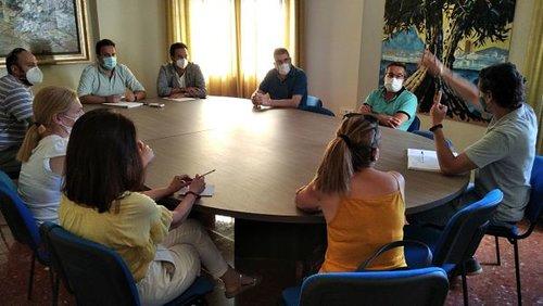 Las residencias de Almedinilla, Carcabuey  y  Priego convocan una Bolsa extraordinaria de personal sanitario
