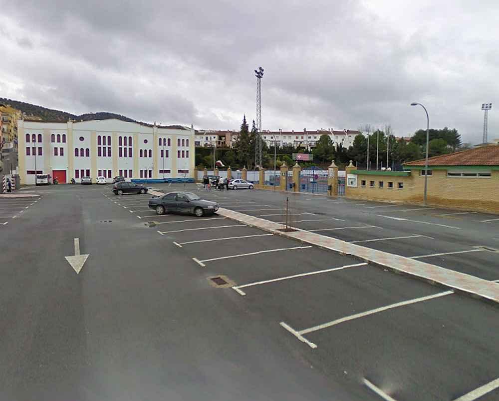 En Priego se instalarán seis módulos de energía fotovoltaica en el aparcamiento de la ciudad deportiva