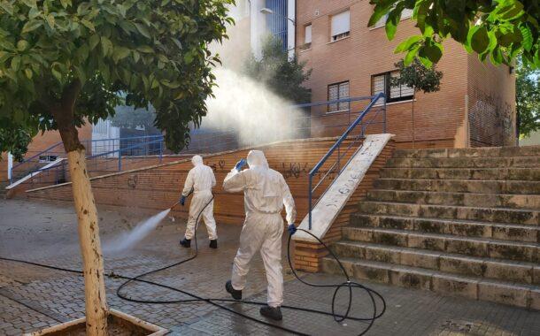 Bomberos del Consorcio Provincial realizan tareas de desinfección en Lucena, Santa Eufemia, Posadas y Luque