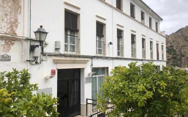 La residencia y Consultorio médico de Almedinilla, beneficiarios de dos subvenciones de la diputación de Córdoba