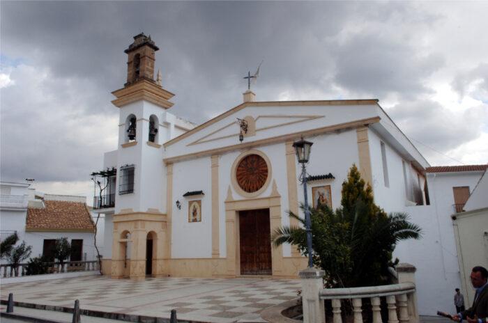 La Parroquia de Almedinilla suspende la misa del Cementerio el día de los Difuntos