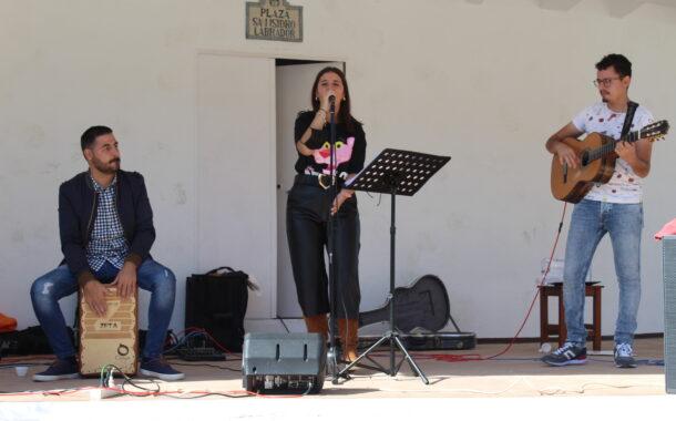 La aldea de Los Ríos cambia el Flamenco-Pop de