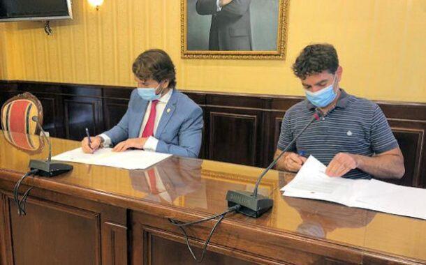 Se firma un nuevo convenio de colaboración entre el Ayuntamiento de Cabra y Subbética Ecológica