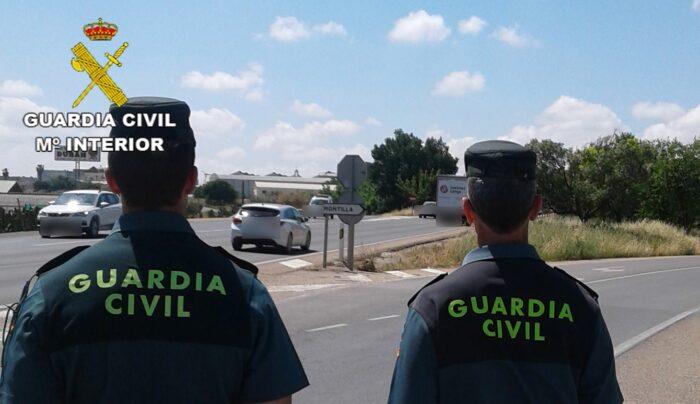 La Guardia Civil con la colaboración de la Policía Local de Montilla detiene al supuesto autor de tres delitos cometidos por el procedimiento del tirón