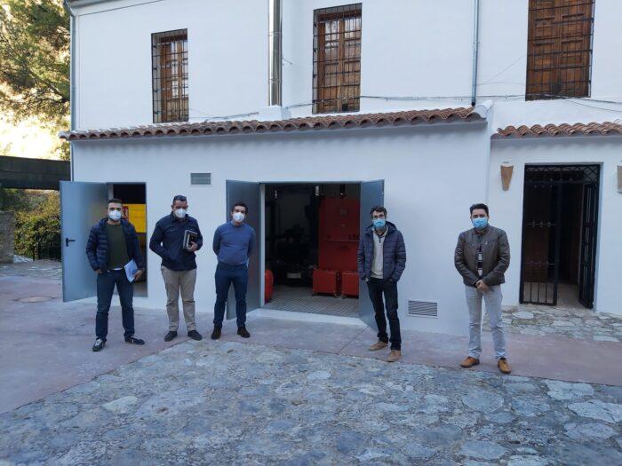 El Museo Histórico Arqueológico de Almedinilla dispone ya de una nueva instalación de calefacción de biomasa