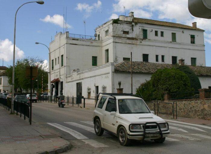 Sale a subasta pública el antiguo cuartel de la Guardia Civil de Priego de Córdoba