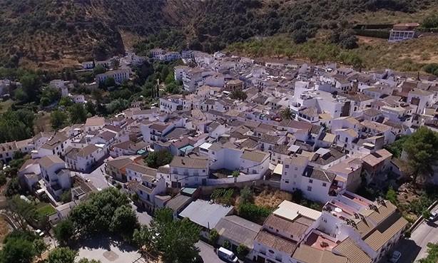 Paro registrado en Noviembre baja a 12 personas en Almedinilla