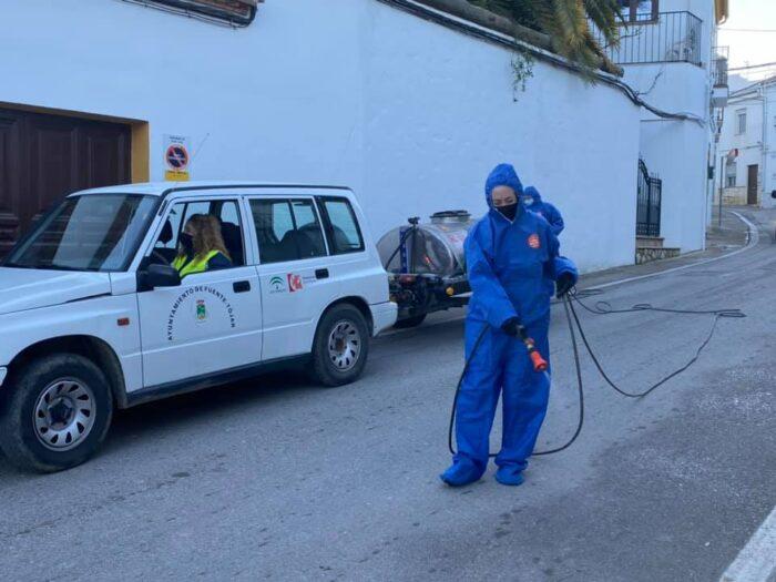 Continúan las labores de desinfección en Fuente-Tójar
