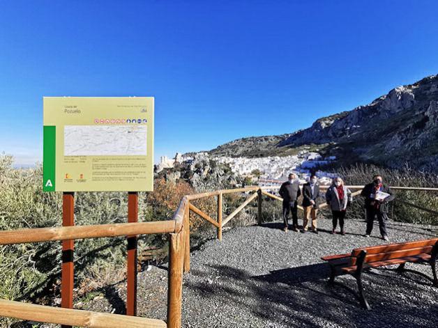 La Diputación entrega la obra del camino 'Colada del Pozuelo', en Zuheros, en el que ha construido un mirador
