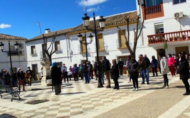 La Marea Blanca de Priego se moviliza en la pedanía de Las Lagunillas para dar voz a las zonas rurales afectadas por los recortes y las privatizaciones en la sanidad pública andaluza