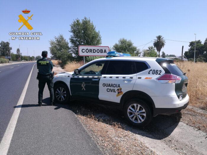 La Guardia Civil detiene en Córdoba, a dos vecinos de Villa del Río como supuestos autores de un delito de tráfico de drogas.