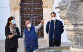 La fuente de Santa Ana de Priego recupera su conformación original y ya luce en su ubicación