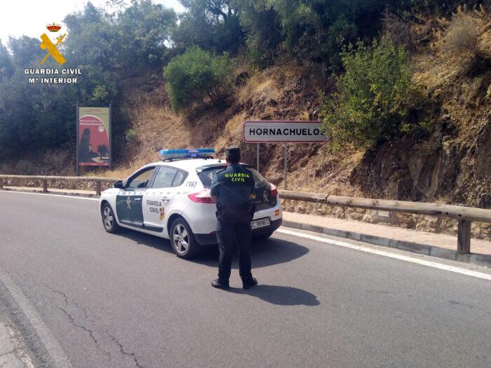 La Guardia Civil investiga a cinco jóvenes como supuestos autores de un delito de falsificación de documentos