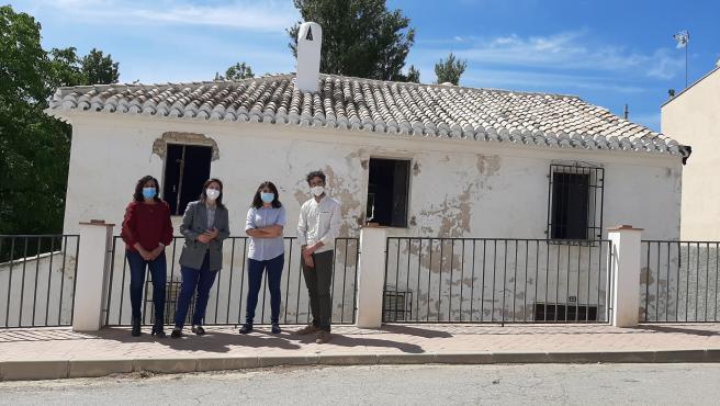 7.900 euros de la Junta para la mejora y rehabilitación de una vivienda en la aldea de Fuente Grande