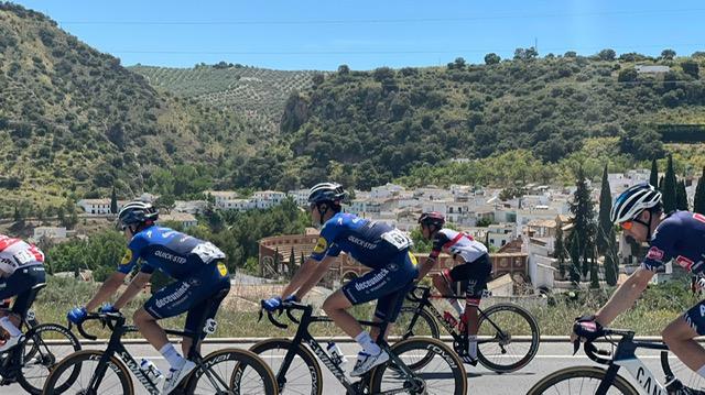 La segunda etapa de la Vuelta Ciclista Andalucía pasa por Almedinilla