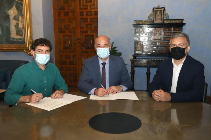 La Diputación trabajará junto a 'Subbética Ecológica' en la implantación de huertos urbanos en los municipios de la provincia