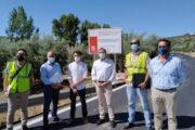 La Diputación de Córdoba realiza actuaciones en la CO-8205, vía de conexión entre Almedinilla y las aldeas de Fuente Grande y Las Navas