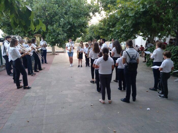 La música inunda los parques de Los Grupos y Alameda de Almedinilla