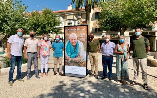 Doña Mencía inaugura la exposición 'Calvas y bellas' con la colaboración del Instituto Provincial de Bienestar Social