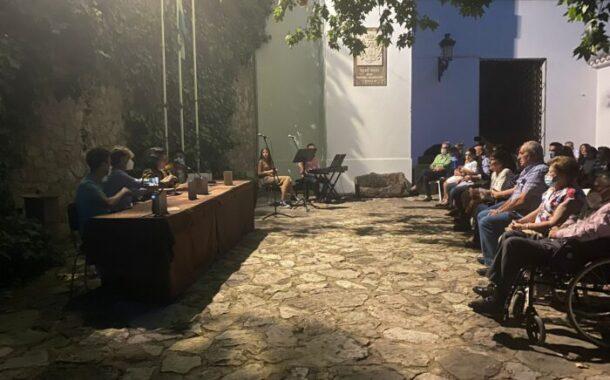 """""""La Niña de la Cuchara de Palo"""" y su emotiva presentación"""