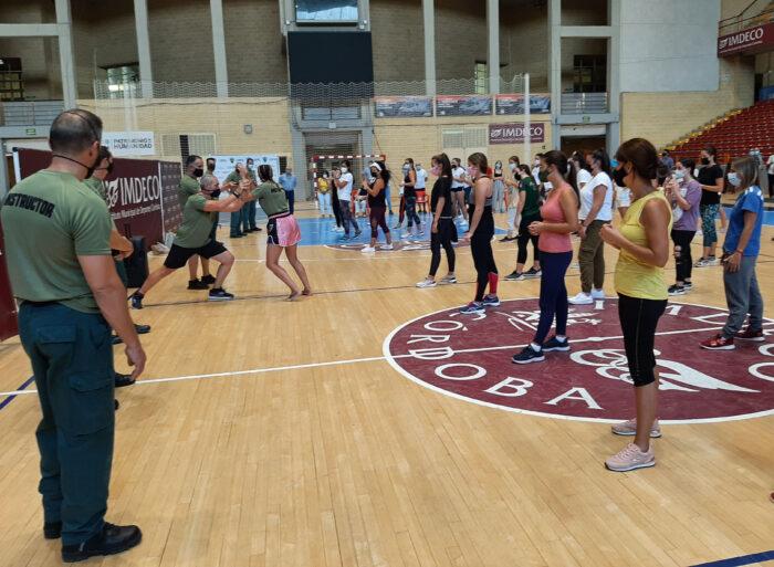 La Guardia Civil organiza una jornada de Defensa Personal dirigida a mujeres
