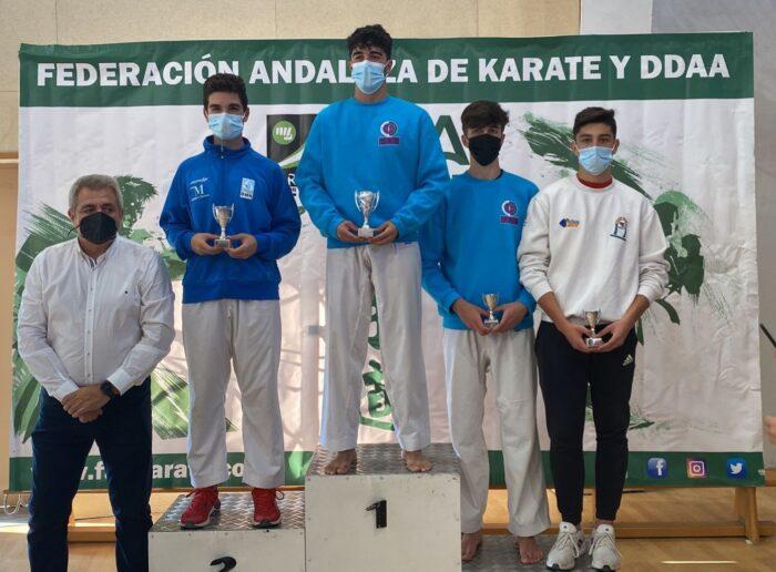 Javier Nieto Ordoñez, medalla de bronce junior en el Campeonato de Andalucía de Kárate